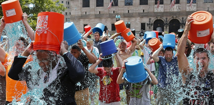 peer to peer fundraising craze and als ice bucket challenge